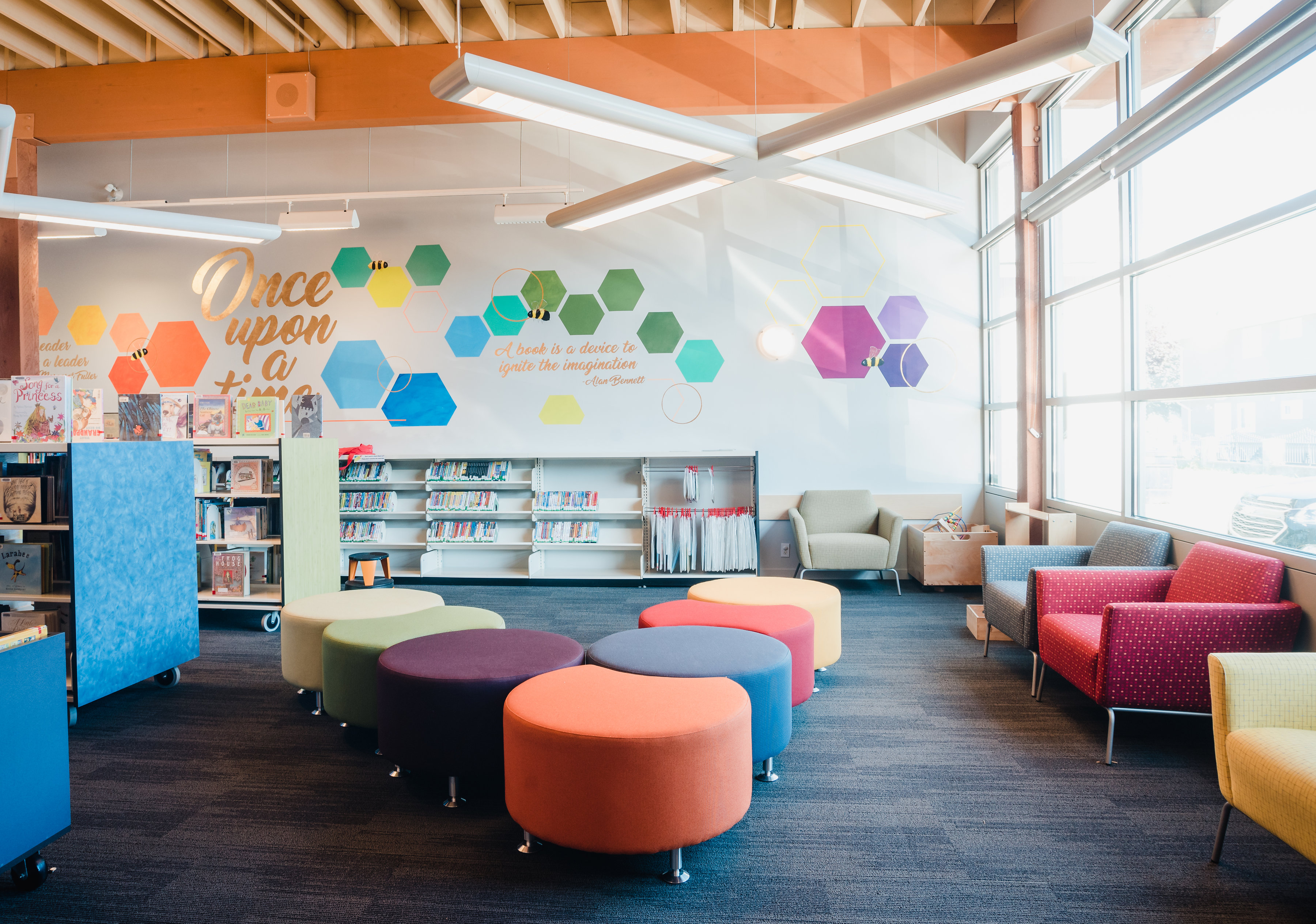 library design and furniture
